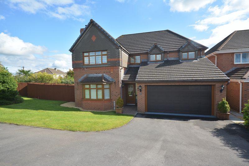 4 Bedrooms Detached House for sale in Pant Ardwyn, Bridgend