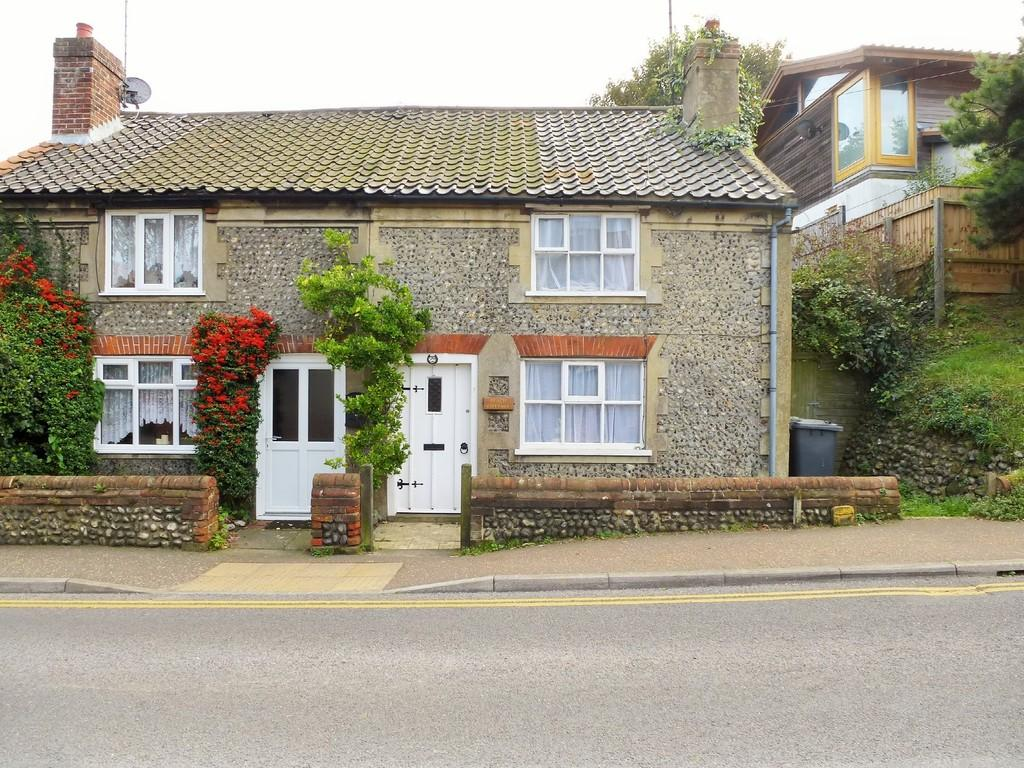 2 Bedrooms Cottage House for sale in Cromer
