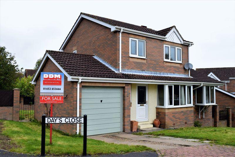 3 Bedrooms Detached House for sale in Days Close, Wrawby