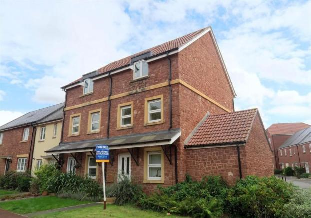 3 Bedrooms End Of Terrace House for sale in Canal View, Taunton TA2