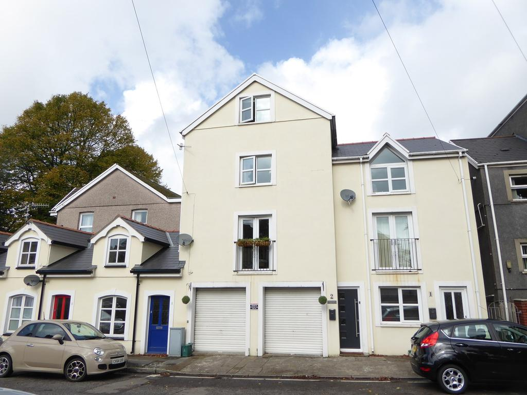 3 Bedrooms Terraced House for sale in Southville Mews, Uplands, Swansea, SA2