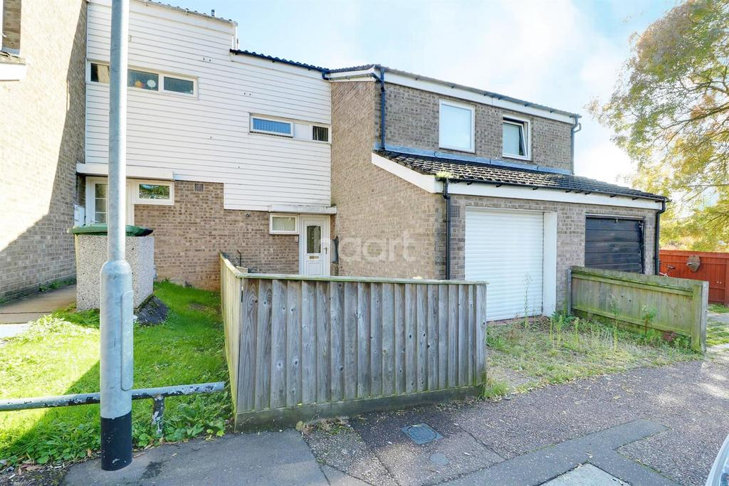 3 Bedrooms Terraced House for sale in Sybil Wheeler Close, Thetford