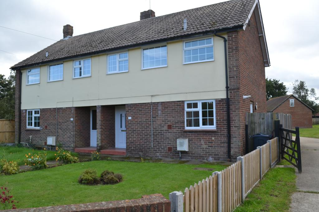 3 Bedrooms Semi Detached House for sale in Sweechgate, Broad Oak, Canterbury CT2