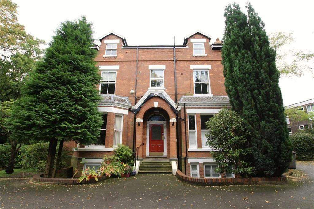 2 Bedrooms Duplex Flat for sale in Derbyshire Road, Sale