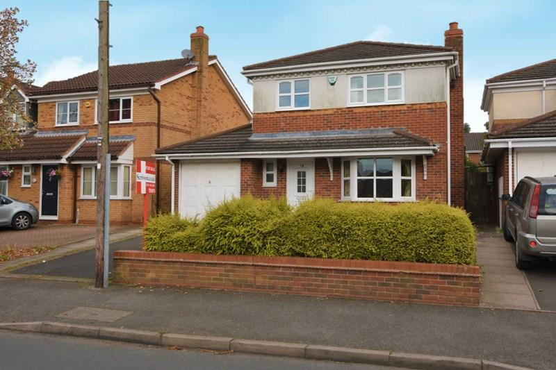 4 Bedrooms Detached House for sale in Bowling Green Road, Stourbridge