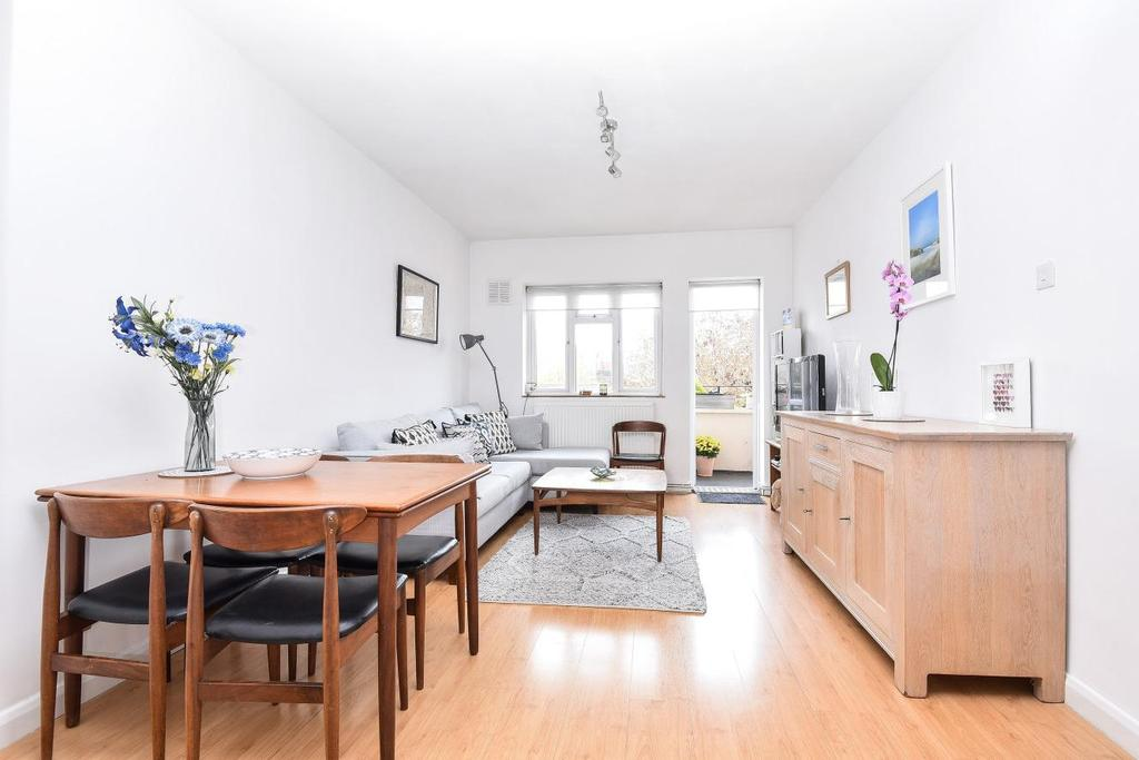 1 Bedroom Flat for sale in Caistor Road, Balham