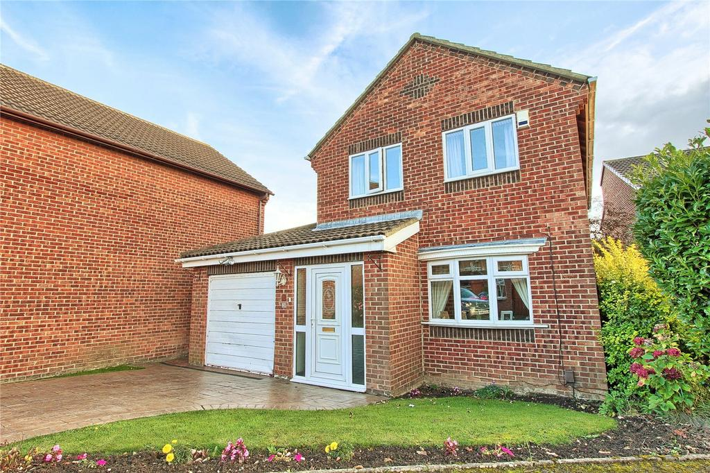 4 Bedrooms Detached House for sale in Budworth Close, Billingham