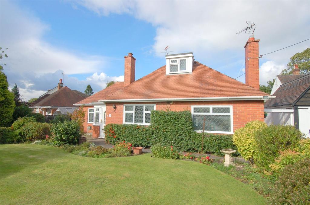 2 Bedrooms Bungalow for sale in Pikemere Road, Alsager