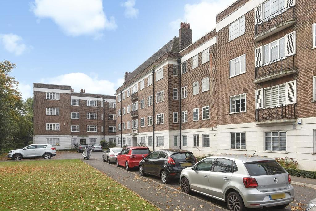 2 Bedrooms Flat for sale in Dartmouth Grove, Greenwich