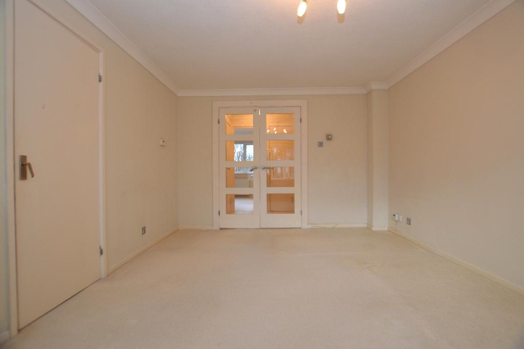 1 Bedroom Flat for sale in Freethorpe Close London SE19
