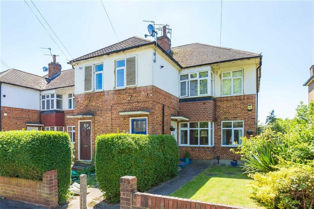 2 Bedrooms Maisonette Flat for sale in Beechwood Avenue, Ruislip, Middlesex