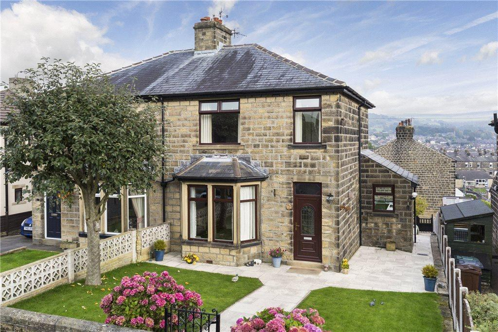 3 Bedrooms Semi Detached House for sale in Elm Grove, Silsden, Keighley
