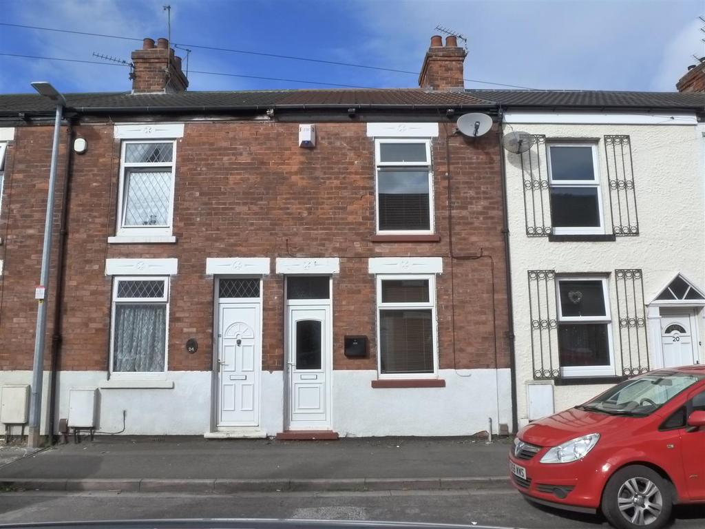 2 Bedrooms Terraced House for sale in Bark Street, Cleethorpes