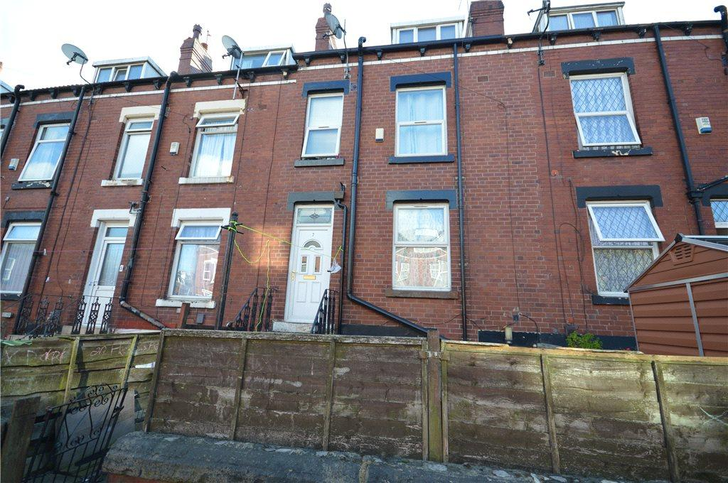 2 Bedrooms Terraced House for sale in Garnet Avenue, Leeds, West Yorkshire