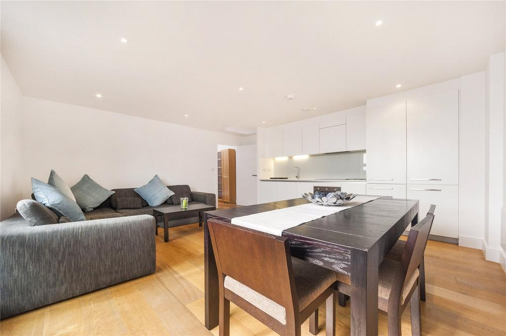 3 Bedrooms Flat for sale in Tiltman Place, London