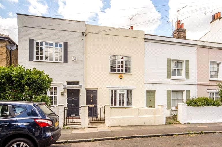 2 Bedrooms Terraced House for sale in Haldane Road, Fulham, London