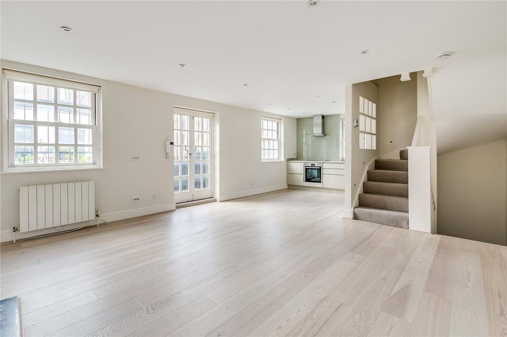 2 Bedrooms Mews House for sale in Ledbury Mews North, London