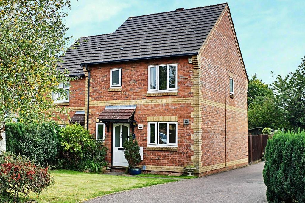 3 Bedrooms Semi Detached House for sale in Abbots Langley, WD5
