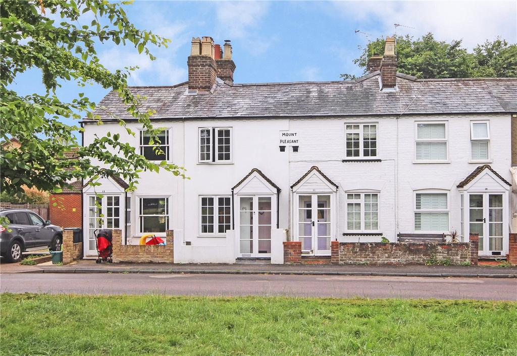 2 Bedrooms Terraced House for sale in East Common, Redbourn, St. Albans, Hertfordshire