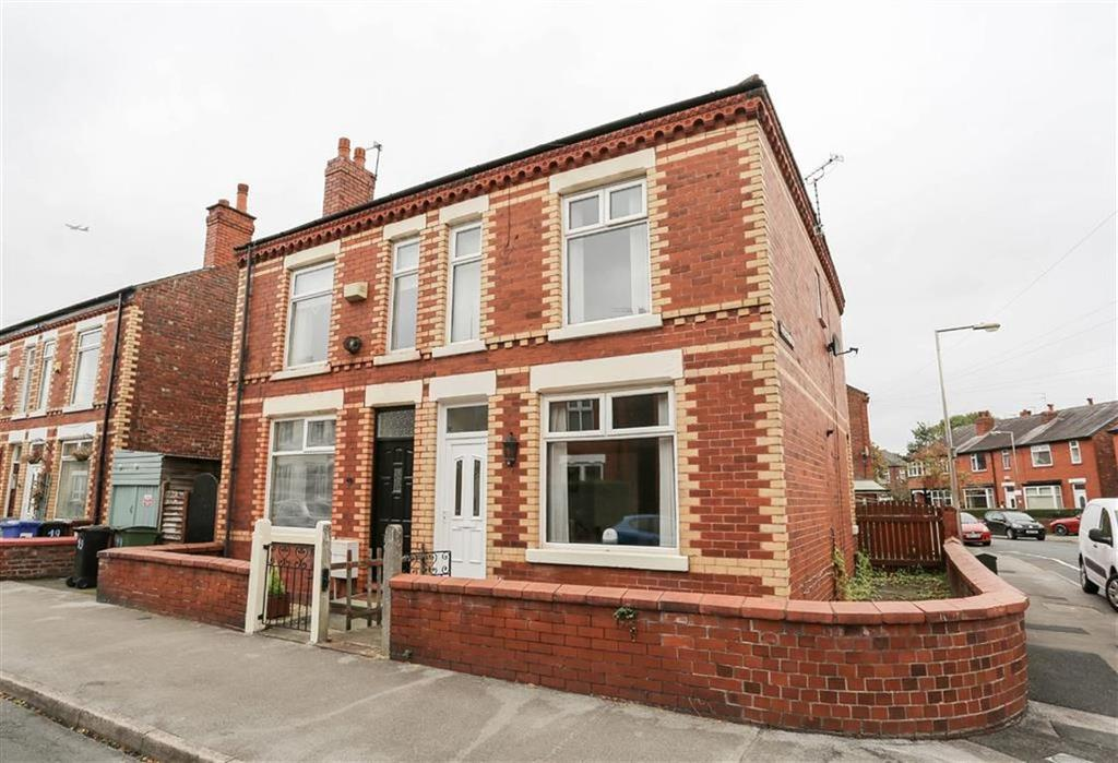 3 Bedrooms Semi Detached House for sale in Vicarage Road, Cale Green, Stockport