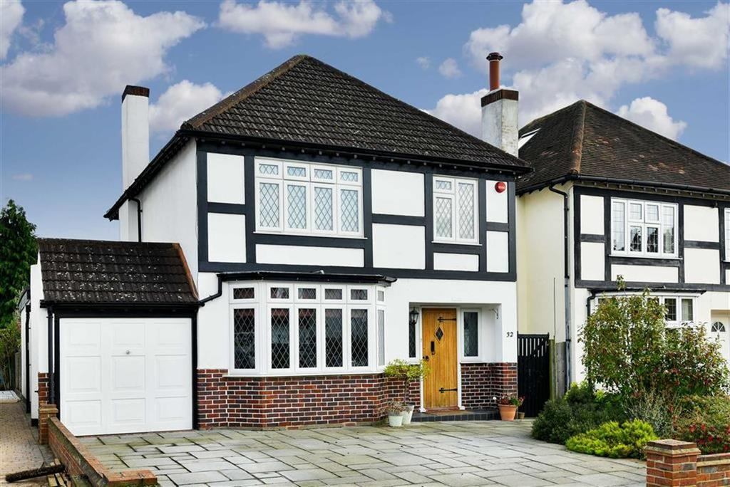 4 Bedrooms Detached House for sale in Waverley Road, Stoneleigh, Surrey