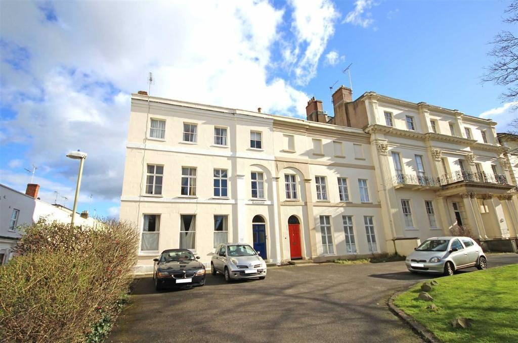 2 Bedrooms Flat for sale in Bath Road, Cheltenham, GL53