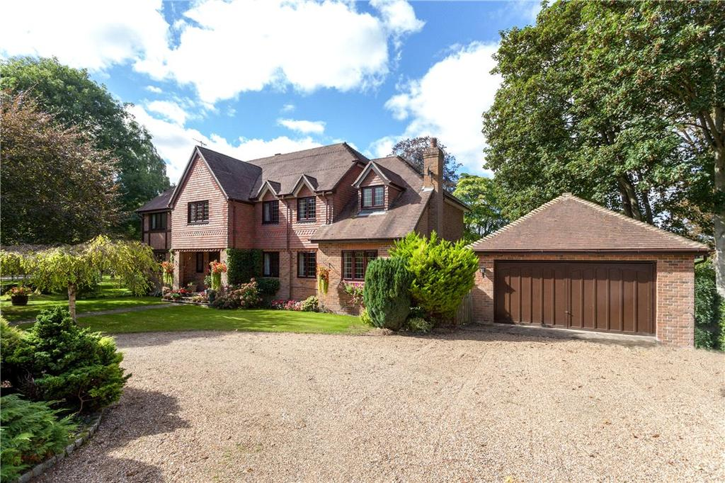 5 Bedrooms Detached House for sale in Orchard Mill, Riversdale, Bourne End, Buckinghamshire, SL8