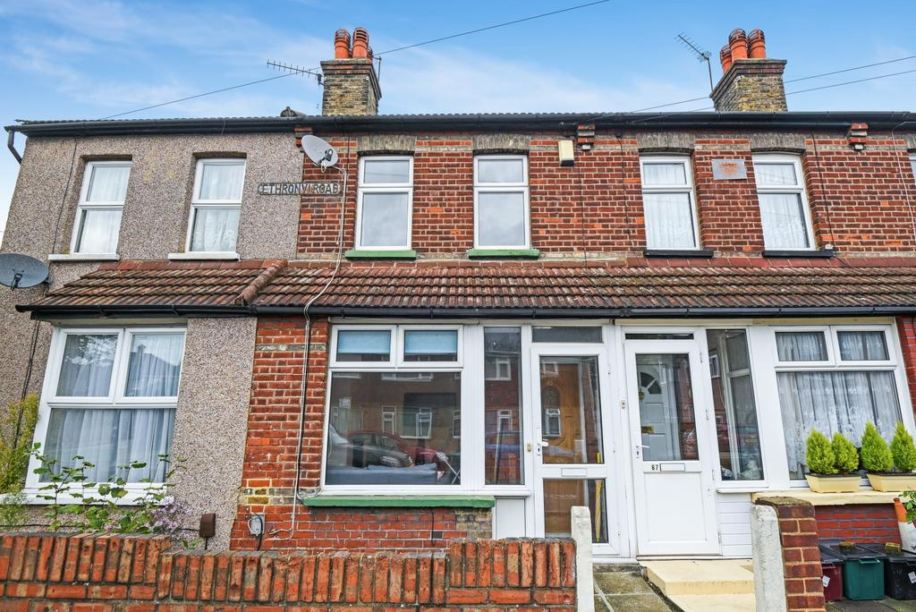 2 Bedrooms Terraced House for sale in Ethronvi Road Bexleyheath DA7