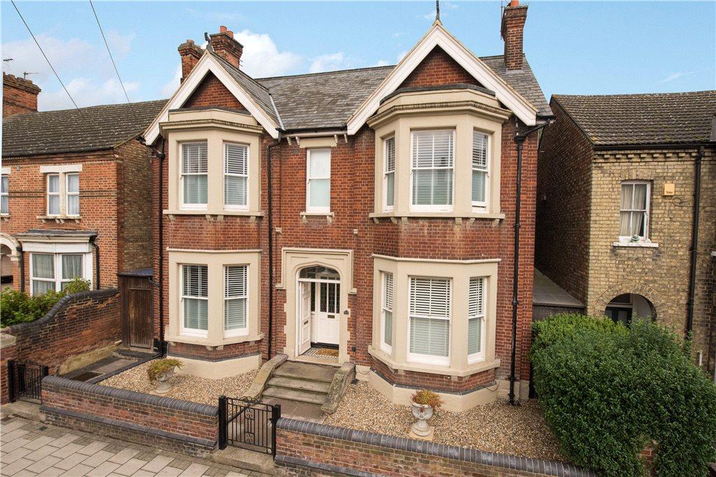 5 Bedrooms Unique Property for sale in Castle Road, Bedford, Bedfordshire