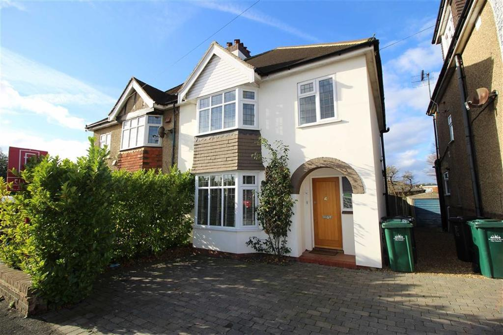 3 Bedrooms Semi Detached House for sale in Holmes Avenue, Hove, East Sussex