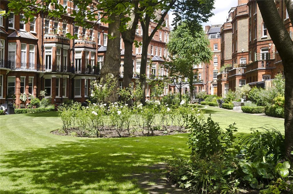 2 Bedrooms Apartment Flat for sale in Egerton Gardens, London, SW3