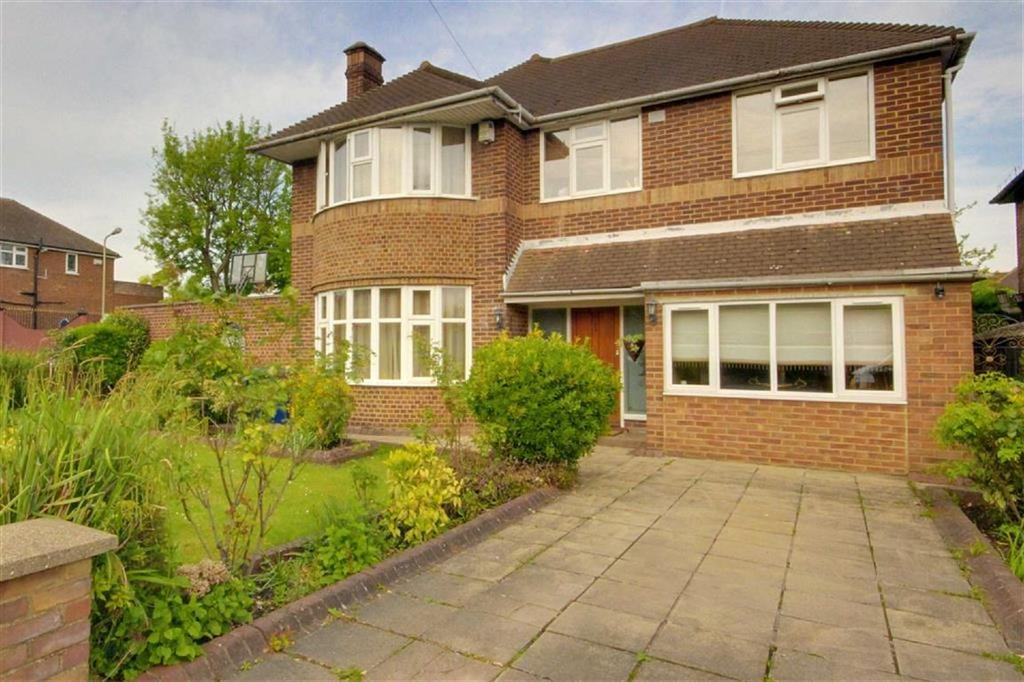 5 Bedrooms Detached House for sale in Southover, Woodside Park, London
