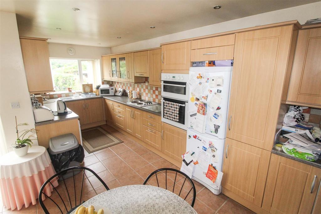 4 Bedrooms Terraced House for sale in Gresham, Leamington Spa