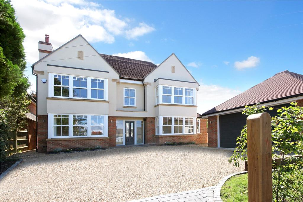 5 Bedrooms Detached House for sale in Church Road, Penn, High Wycombe, Buckinghamshire, HP10