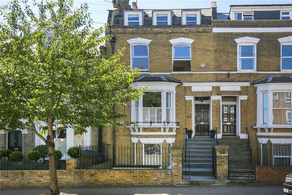 5 Bedrooms Semi Detached House for rent in Ramsden Road, Nightingale Triangle, London, SW12