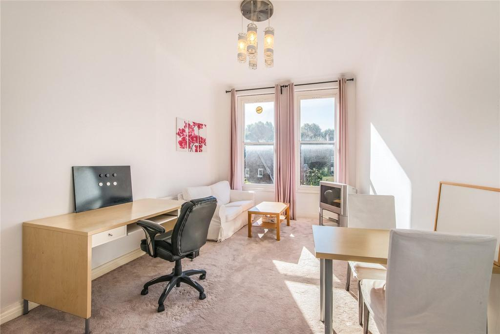 2 Bedrooms Flat for sale in Courtfield Road, London, SW7