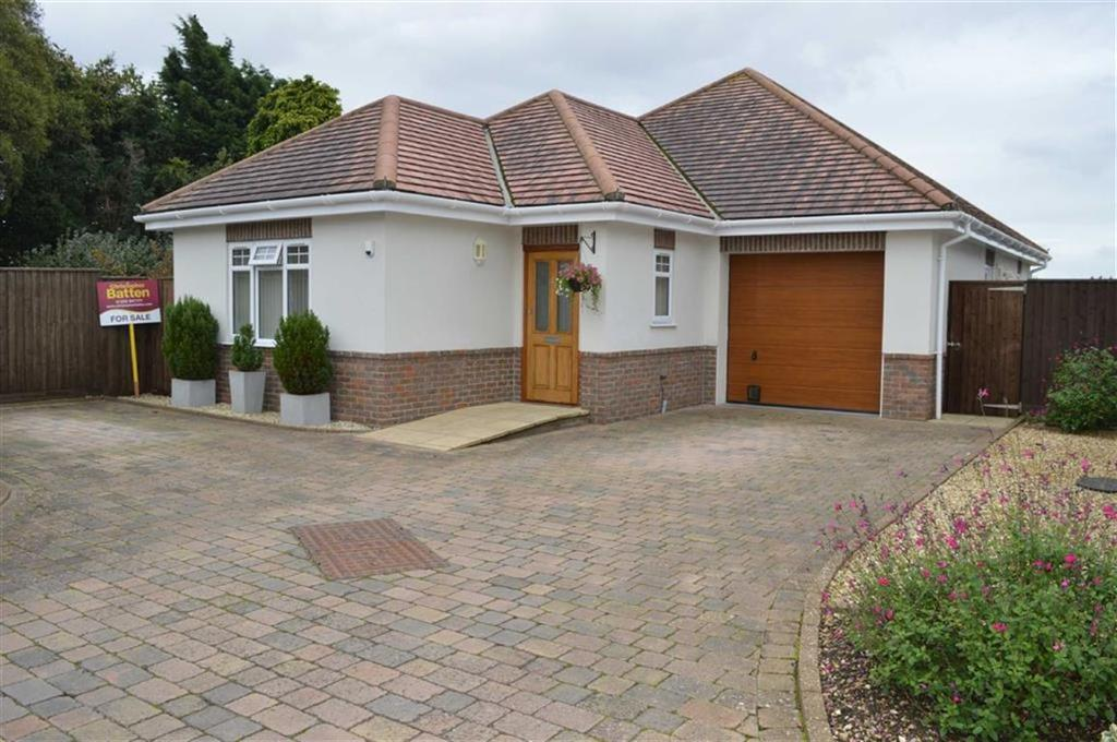 2 Bedrooms Detached Bungalow for sale in Wimborne Road West, Wimborne, Dorset