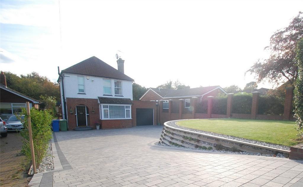3 Bedrooms Detached House for sale in Hartlip Hill, Hartlip, Sittingbourne, Kent