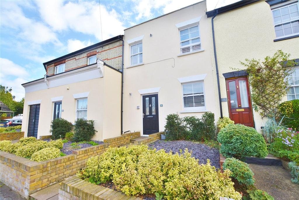 2 Bedrooms Apartment Flat for sale in Villiers Road, Watford, Hertfordshire, WD19