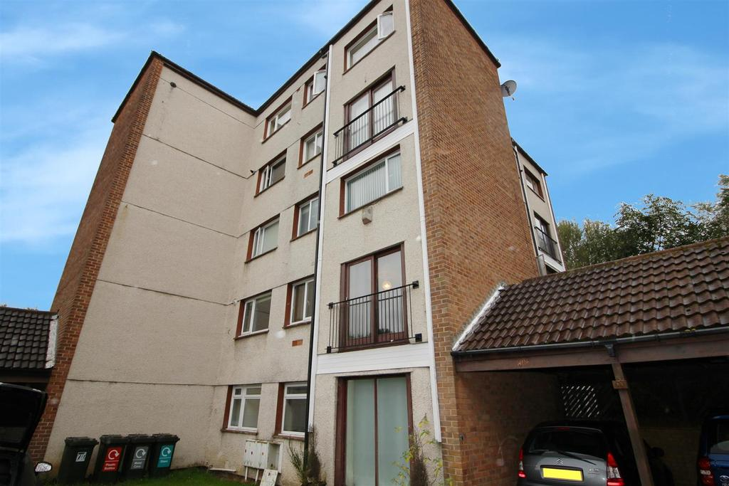 2 Bedrooms Maisonette Flat for sale in Illingworth House, St Johns Green, North Shields