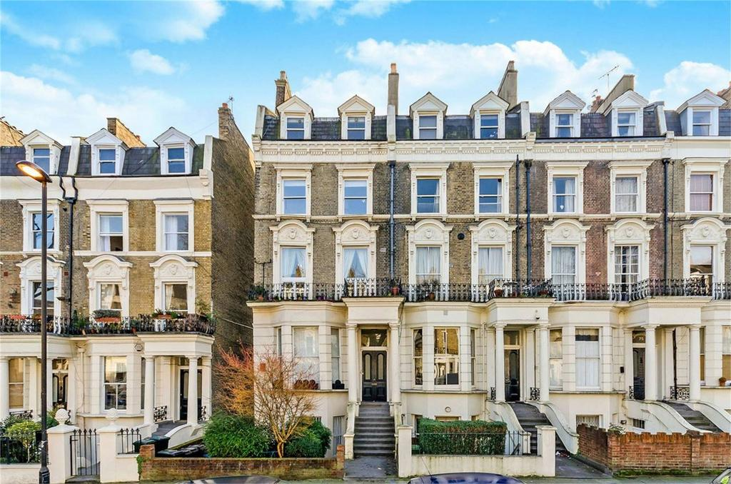 4 Bedrooms Flat for sale in SUTHERLAND AVENUE, LONDON