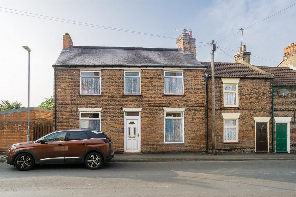 3 Bedrooms Semi Detached House for sale in Greenshaw Lane, Patrington, East Riding of Yorkshire