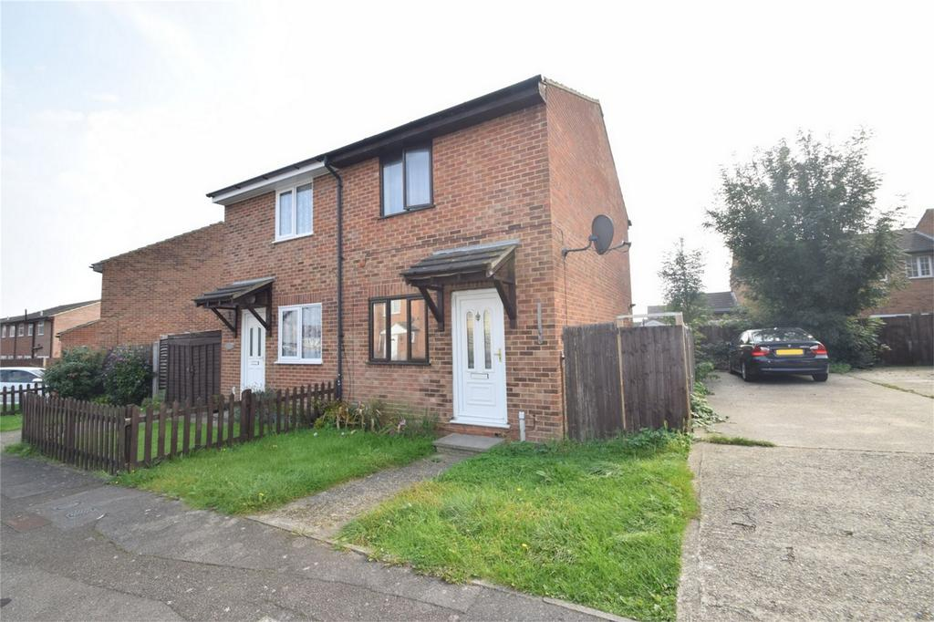 2 Bedrooms Semi Detached House for sale in Damien Close, Chatham