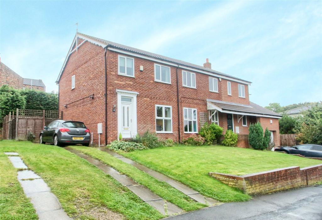 3 Bedrooms Semi Detached House for sale in Kings Court, Norton