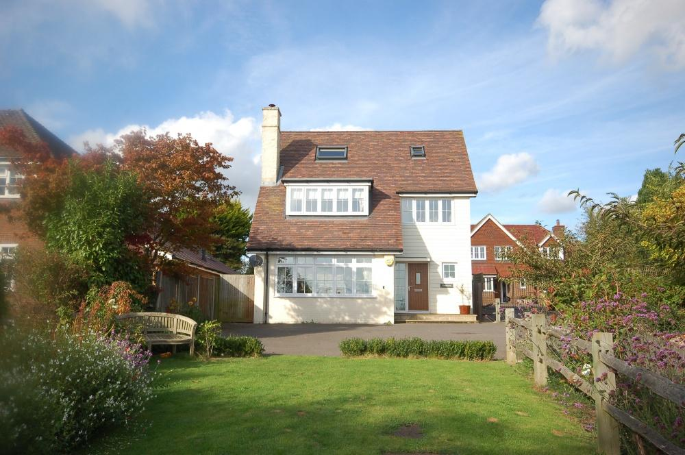 4 Bedrooms Detached House for sale in Chart Road, Sutton Valence, ME17