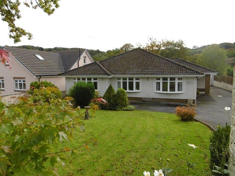 4 Bedrooms Detached Bungalow for sale in Milo, Llandybie, Ammanford, Carmarthenshire.