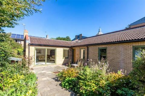 3 bedroom bungalow for sale - Barton Road, Newnham, Cambridge