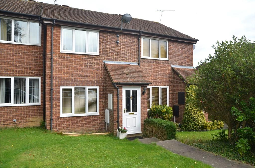 2 Bedrooms Terraced House for sale in Flodden Drive, Calcot, Reading, Berkshire, RG31