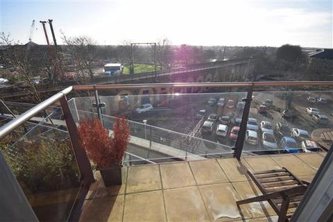 2 bedroom apartment to rent - Kings Tower, Marconi Plaza, Chelmsford