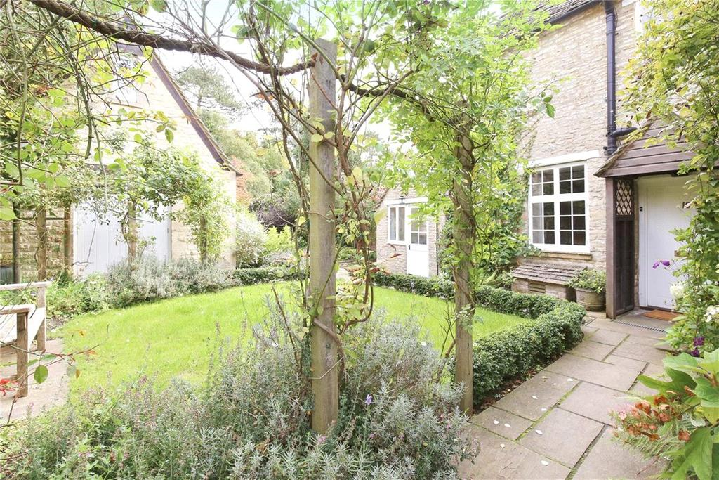 4 Bedrooms Semi Detached House for sale in Main Street, Coln St. Aldwyns, Cirencester, GL7